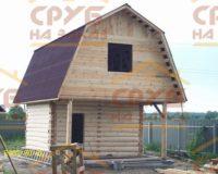 Сруб бани 4 на 4 с верандой и ломаной крышей