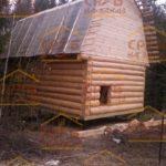 сруб дома 4 на 5 с ломанной крышей (2)