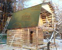 Сруб бани 3 на 4 с верандой и ломаной крышей