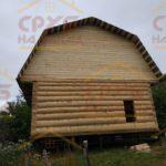 Сруб дома 6 на 6 метров с ломанной крышей